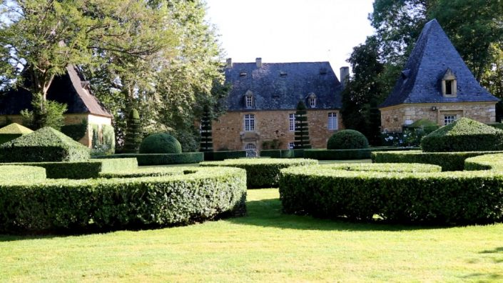 camping-dordogne-perigord-lascaux-jardins-eyrignac