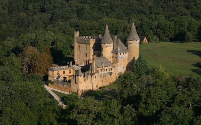 camping-3-etoiles-dordogne-perigord-le-daguet-camping-dordogne-chateau de puymartin